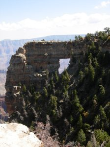 Looking down on the Grand Canyon was an intense experience. It feels a bit like you will be swallowed up by its vastness. Imagine climbing that kick ass rock!